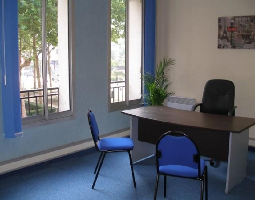 Bureau à louer le havre espace de travail salle réunion domiciliation