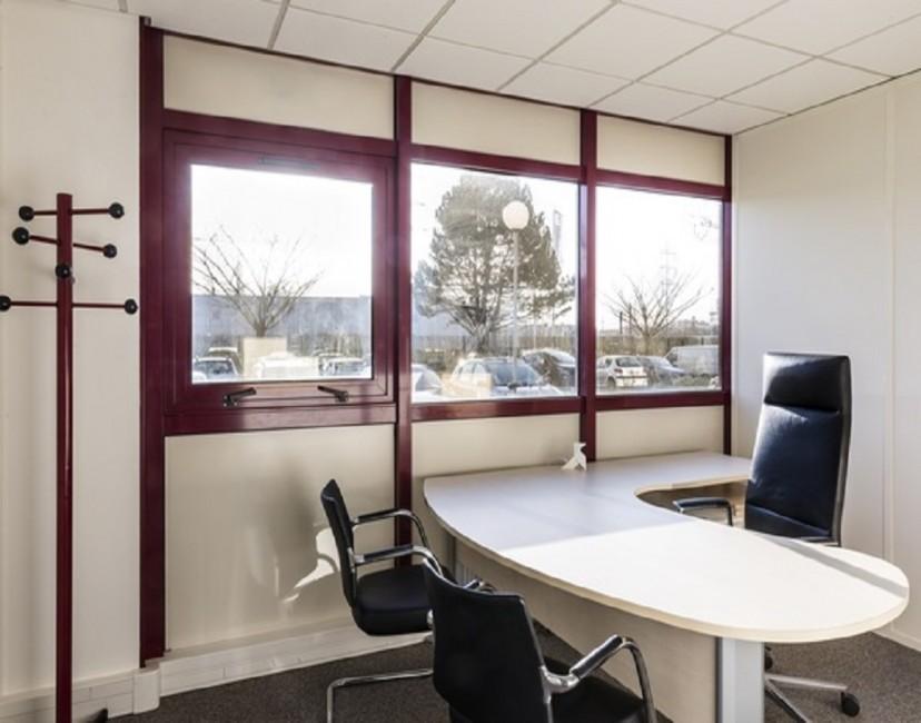 Centre d 39 affaires cergy pontoise location bureau coworking - Chambre de commerce pontoise ...
